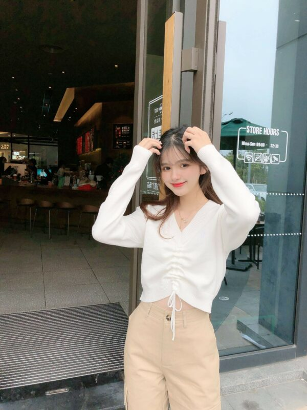 White Crop Top With Lace   Wendy – Red Velvet
