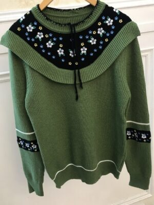 Nayeon Floral Embroidered Green Sweater (6)