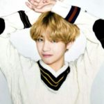 Loose V-Neck Knit Sweater | Taehyung – BTS