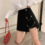 Black Chic Skirt With Button And Chain | Jennie – BlackPink