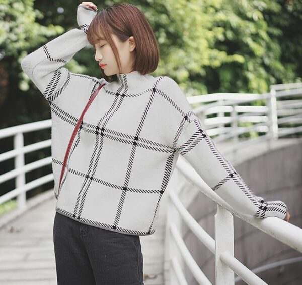 Light Plaid Patterned Sweater