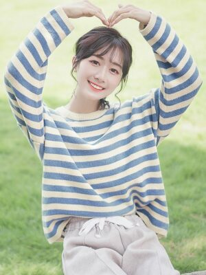 Striped Loose Fitting Sweater (1)