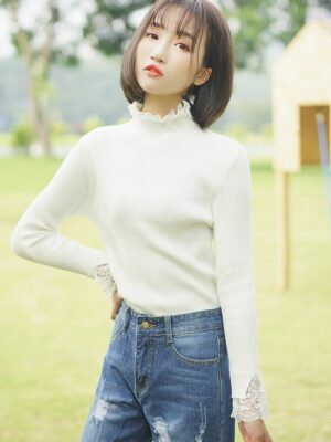 Sweater with Lace Turtleneck and Sleeves (1)
