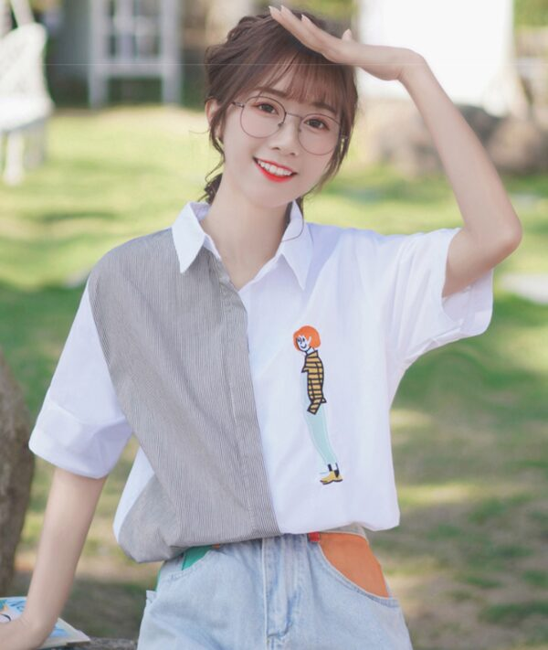 Lady Embroidered Split Shirt