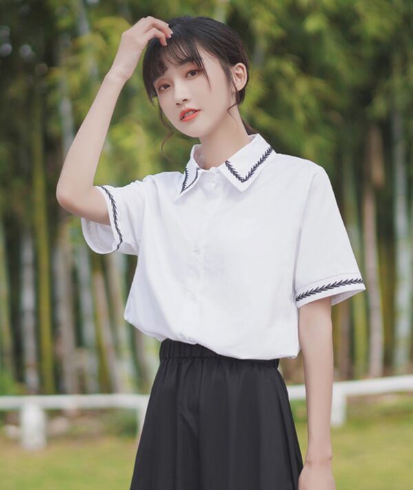 Leaves Designed Collar and Sleeves Shirt
