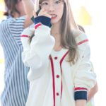 Outlined Casual Cardigan   Taeyeon – Girls Generation