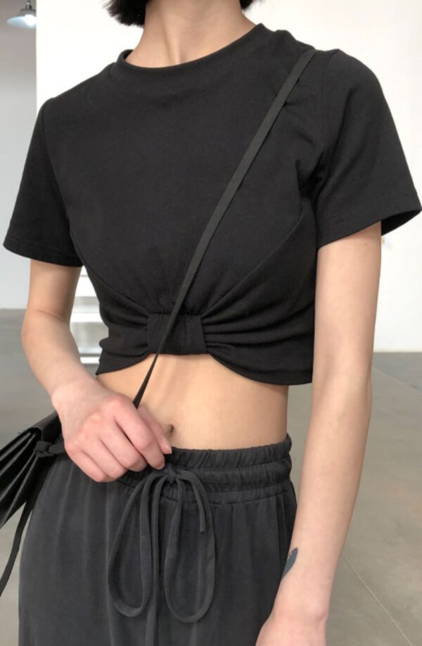 Pitch Black Cropped Knotted Shirt | IU