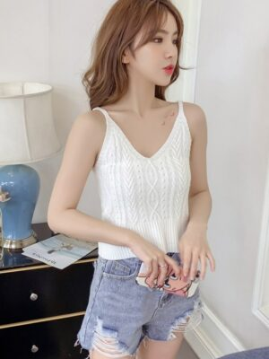 Soyeon Twisted Sling V-neck Cami Top (4)