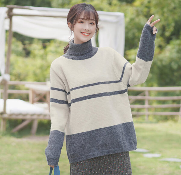 Turtleneck Grey And White Sweater