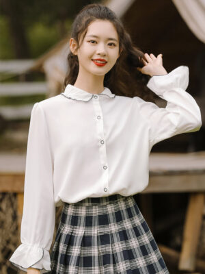 Crumpled Collared Shirt With Cute Black Outlined Buttons (2)
