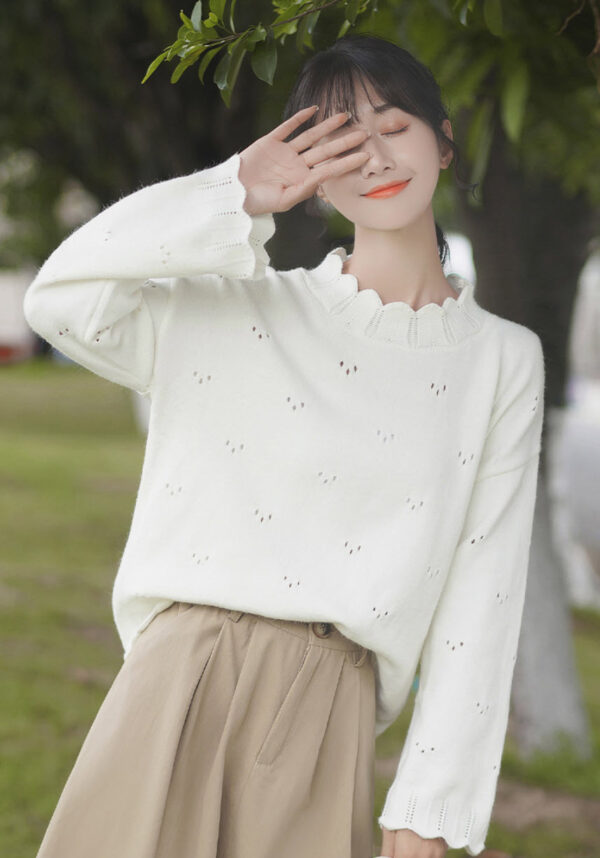 Trio Holes Patterned White Sweater