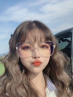 Chaeyoung – Twice Transparent Big Framed Glasses (1)