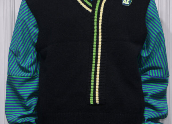 Knitted Vest With Stripe Detail   Yugyeom – GOT7