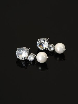 Ko Moon‑Young – It's Okay Not To Be Okay Pearl And Crystal Drop Earrings (4)