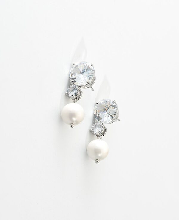 Pearl And Crystal Drop Earrings | Ko Moon‑Young – It's Okay Not To Be Okay
