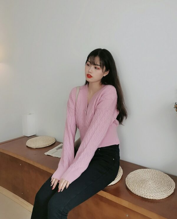 Pink Crystal Button Knitted Cardigan | Joy – Red Velvet