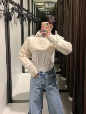 Solar – Mamamoo White Super Cropped Cable Knit Sweater (14)