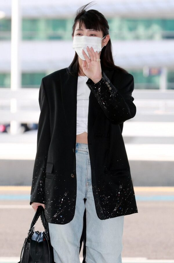 Two-Tone Cargo Jeans | Minnie – (G)I-DLE