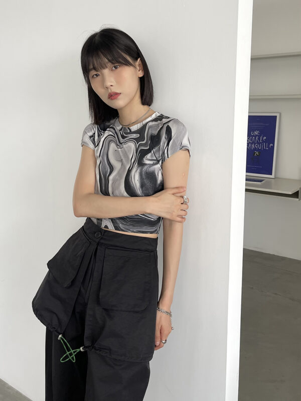 Black And White Marble Crop Top | Ryujin – ITZY