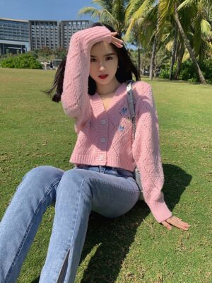 Nayeon – Twice Floral Embroidered Pink V-Neck Cardigan (18)