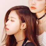 Single Floral Bee Chain Earring   Rose – BlackPink