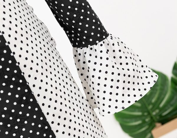 Two-Color Polka Dot Frilled Dress | Cheon Seo Jin – Penthouse