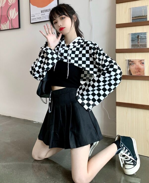 Black And White Checkered Cropped Hoodie | Jeongyeon – Twice