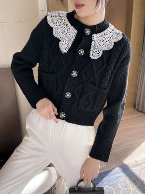 Rose – BlackPink Lace Collar Knitted Cardigan (15)